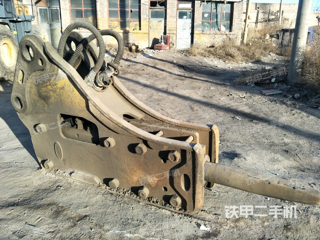 内蒙古包头市水山SU-165TR-F破碎锤