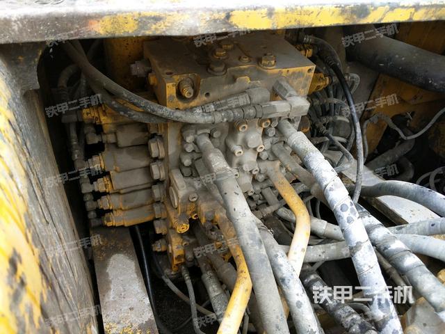 浙江温州市小松PC200-7挖掘机