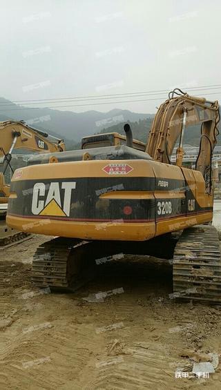 卡特彼勒320L挖掘机