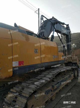 约翰迪尔EC300LC挖掘机