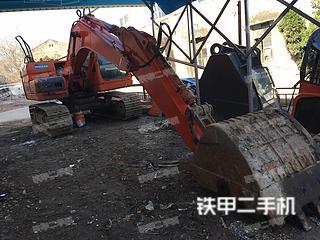 斗山DX120挖掘机