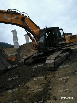 现代R375LC-7挖掘机