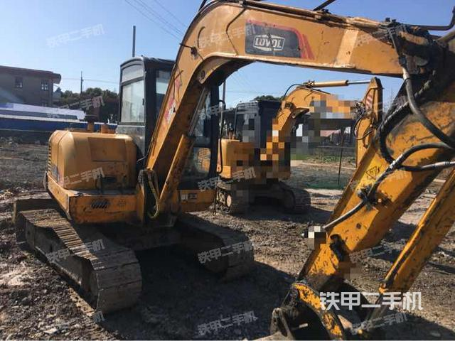 江苏南通市雷沃重工FR60-7挖掘机