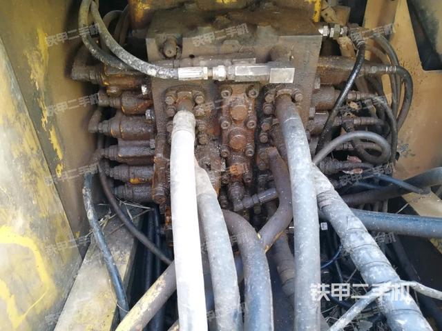 江西赣州市小松PC200-7挖掘机