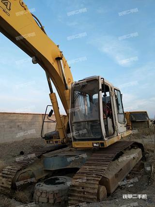 利勃海尔R924Compact挖掘机