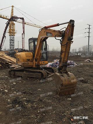 雷沃重工FR60V8挖掘机