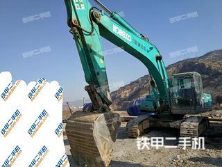 神钢SK260挖掘机