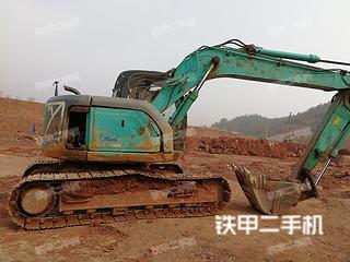神钢SK135挖掘机