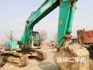 神钢SK200-6E挖掘机