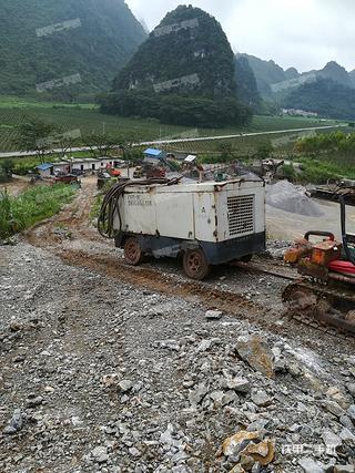开山集团KC120中风压露天露天钻机