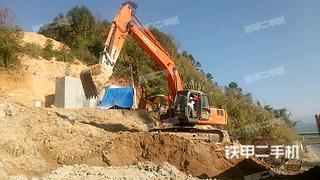 日立EX230挖掘机
