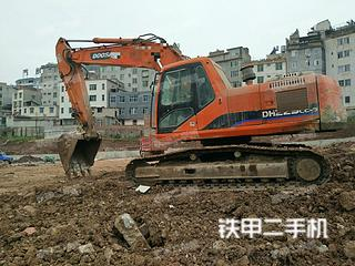 斗山DH200-5挖掘机