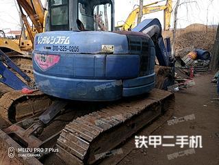 日立UH07-7挖掘机