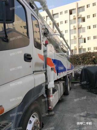 中联重科ZLJ5420THB125-47泵车