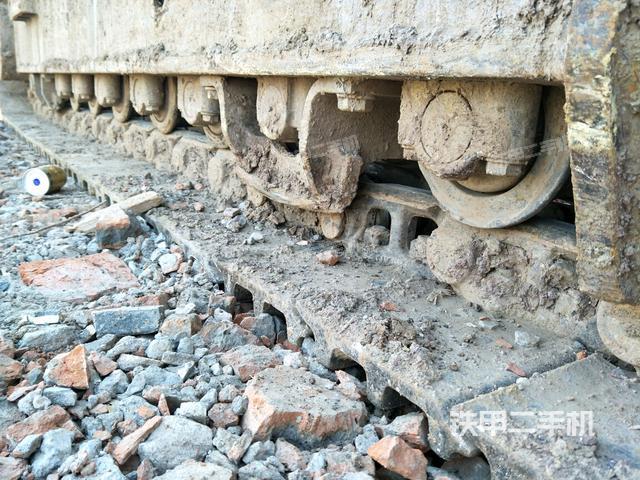 湖北荆门市三一重工SY365C-8挖掘机