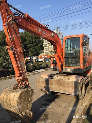 新源XY75W-9挖掘机