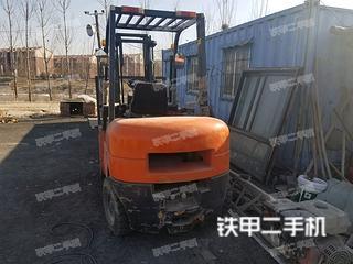 威力天地CPC30内燃平衡重式叉车