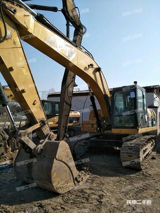 卡特彼勒323DL挖掘机