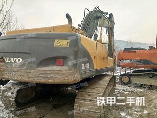 沃尔沃EC240挖掘机