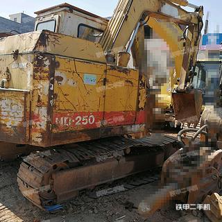 加藤HD250挖掘机