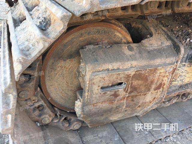 山东潍坊市徐工XE215C挖掘机
