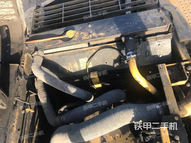 江苏徐州市卡特彼勒320DGC国产挖掘机