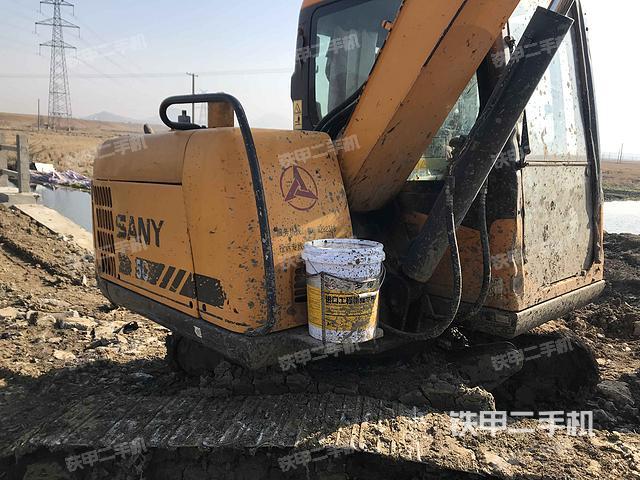 安徽巢湖市三一重工SY65C挖掘机