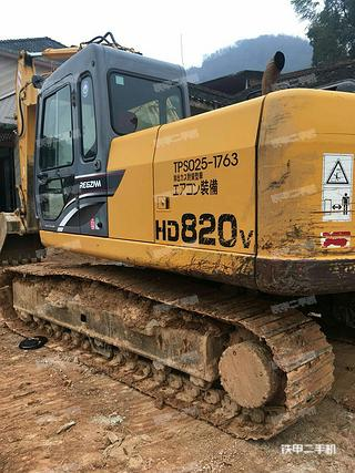 加藤HD820V挖掘机