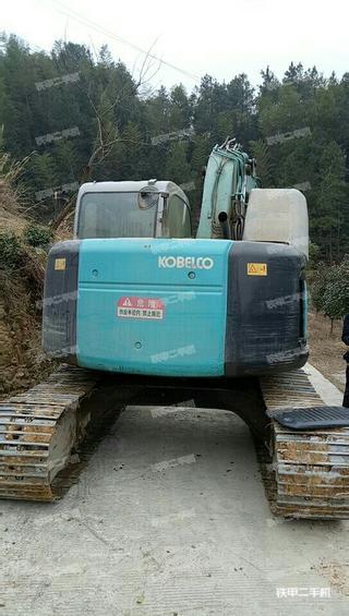 神钢SK135SR-2挖掘机