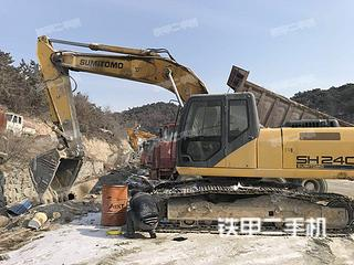住友SH240-6挖掘机