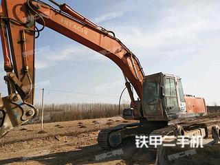 日立ZX270挖掘机