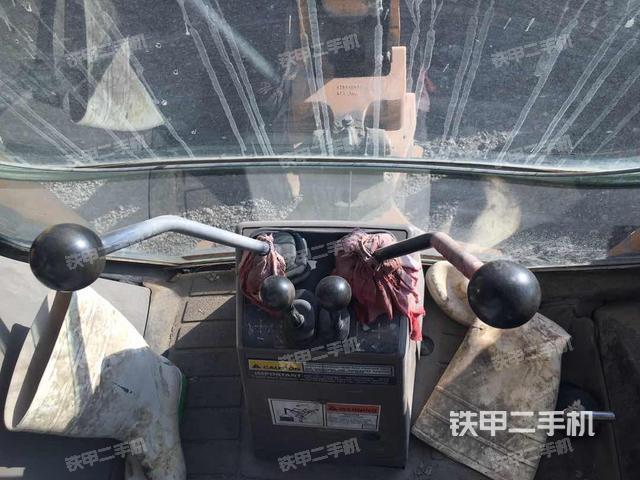 辽宁营口市凯斯580M两头忙