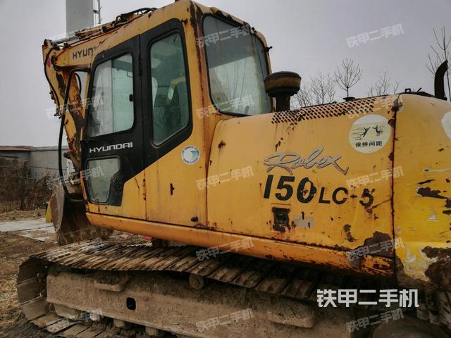 山东东营市现代R130LC-5挖掘机