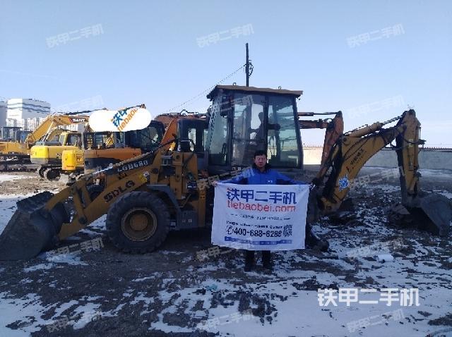 内蒙古兴安盟临工LGB680两头忙