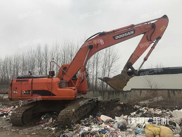湖北荆州市斗山DH220LC-7挖掘机