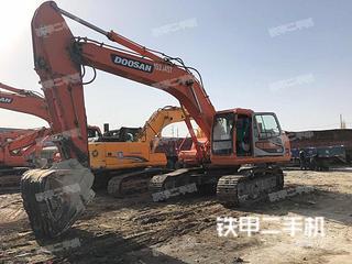 斗山DH300LC-V挖掘机