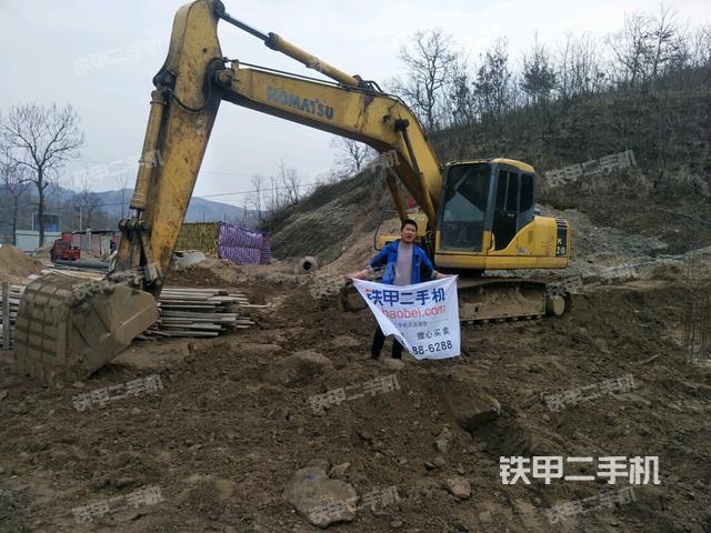 湖北孝感市小松PC200-7挖掘机