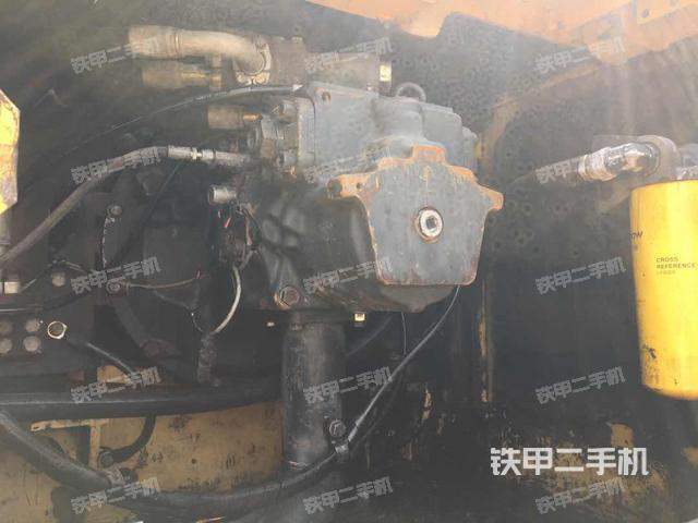 广东肇庆市小松PC300-7挖掘机