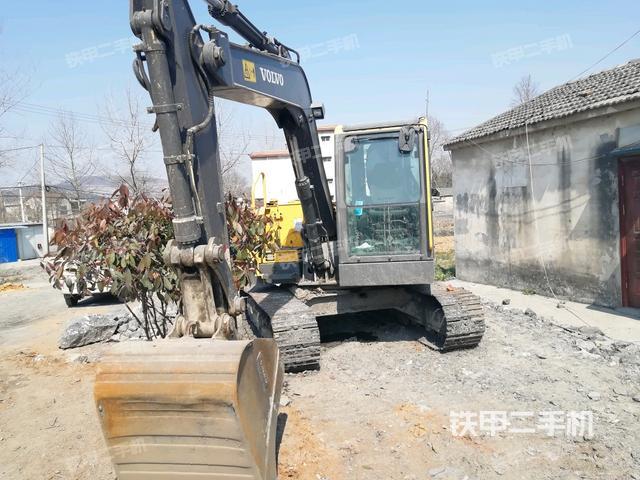安徽芜湖市沃尔沃EC80D挖掘机