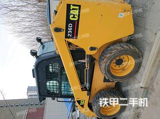 柳工CLG375B滑移装载机