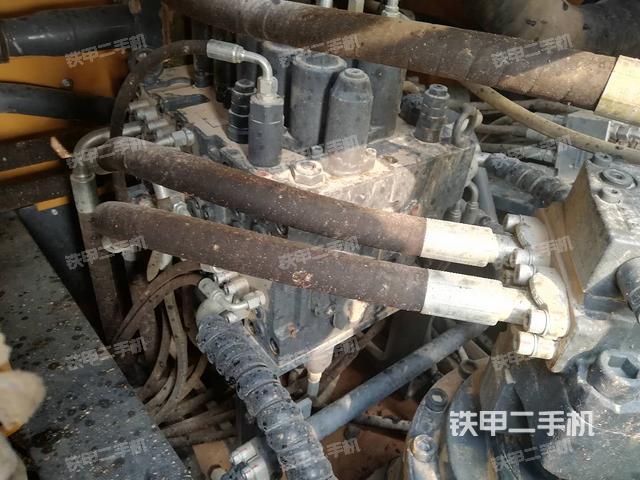 江苏徐州市徐工XE215D挖掘机