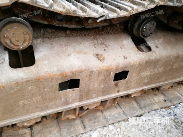 贵州黔西南布依族苗族自治州卡特彼勒330D挖掘机
