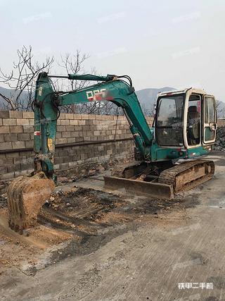中国北车BC8060挖掘机