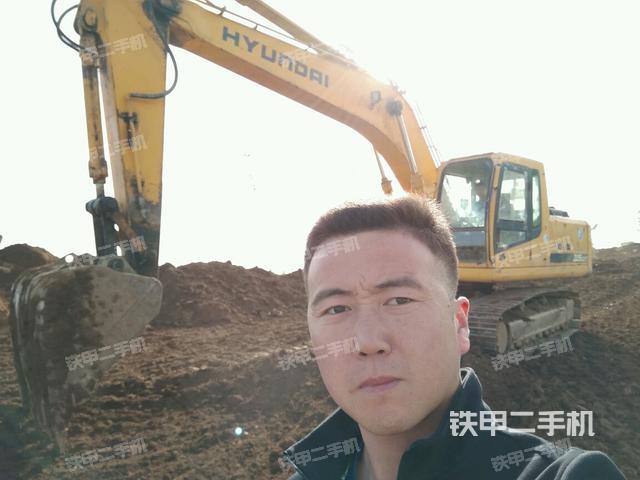 陕西商洛市现代R225LC-7挖掘机