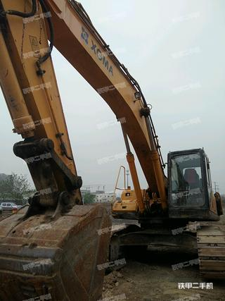 厦工XG833挖掘机