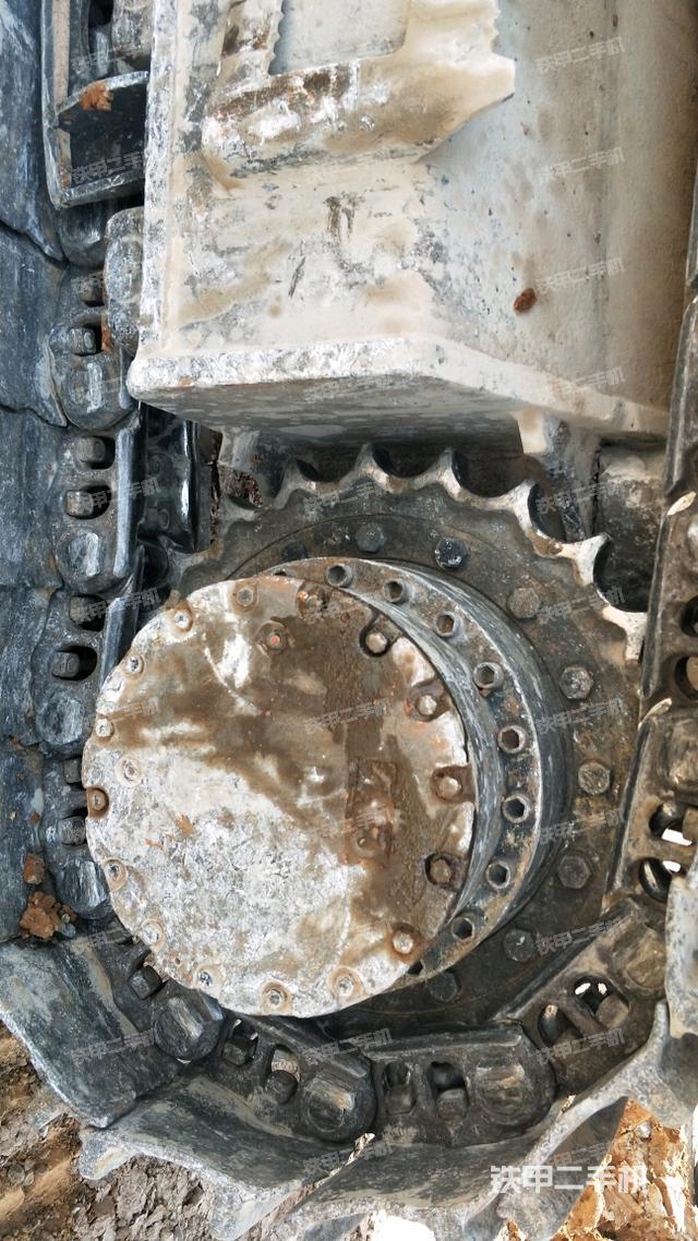 山东泰安市卡特彼勒330D挖掘机