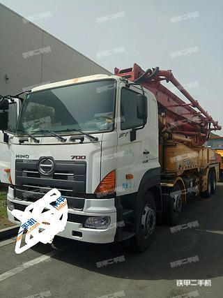 徐工HB41日野泵车