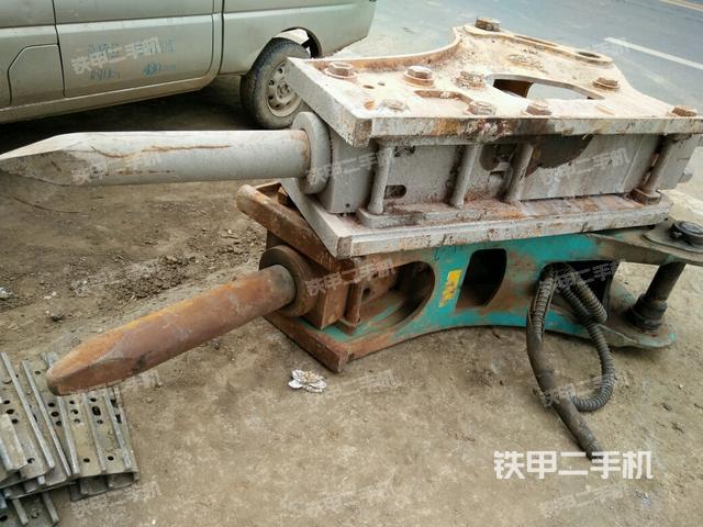 湖北十堰市贝力特BLTB-140S破碎锤