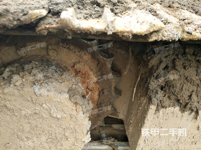 湖北武汉市现代R55-7挖掘机