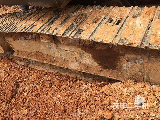 湖南湘潭市临工LG665挖掘机